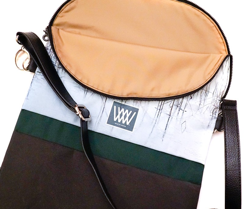 Waterproof crossbody / backpack - Ice Reeds