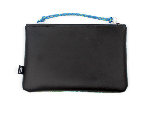 "Wild By Water Bags - Wild By Water Sporty Clutch ""Sea Cliffs"""