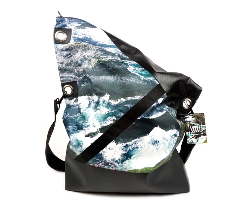 Wild by Water Messenger bag - Sea Cliffs