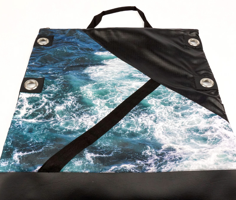 "Wild by Water - [UA] Messenger ""Seabird Swirl"""
